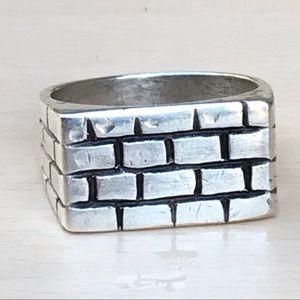Vintage handsome Sterling bricks ring